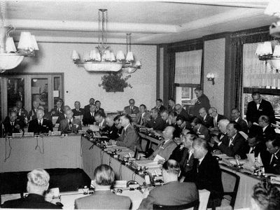 Réunion Bilderberg 1954